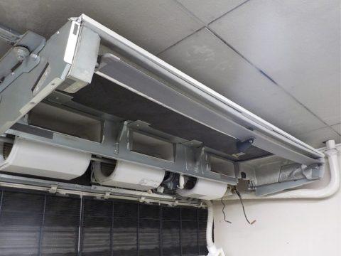 業務用エアコン室内機