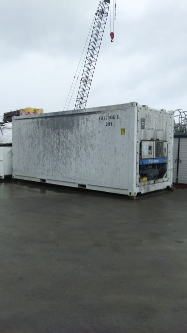 海上コンテナ(冷凍機)点検作業